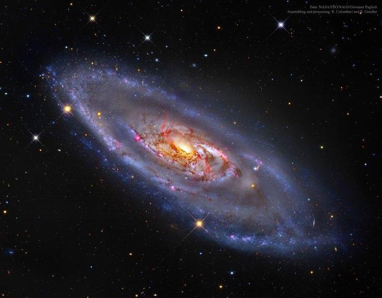 The spiral galaxy M 106.