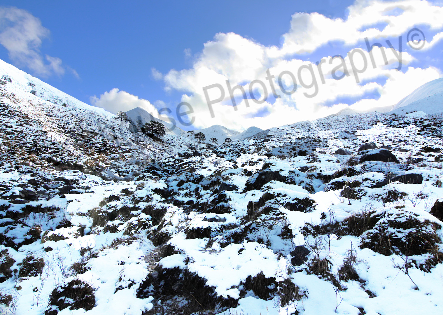 Blackhouse Photography snowy mountains Scotland