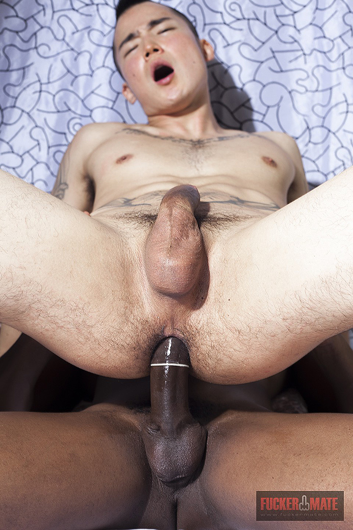 Hector Agusti Fucks Japanese Boy