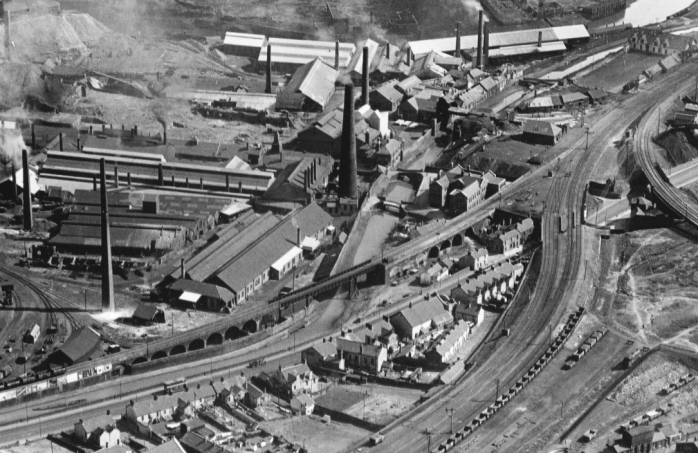 1920s Copperworks in the lower swansea valley. Surrey flying services NMW 75.64I_14