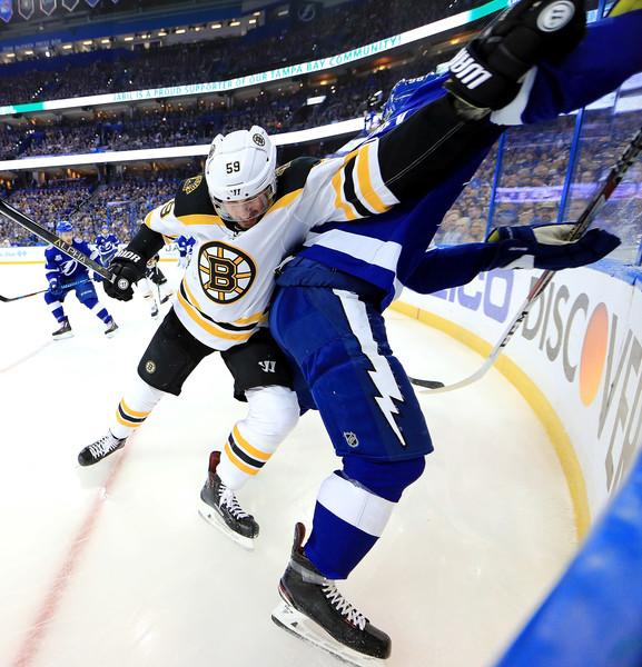 Tim+Schaller+Boston+Bruins+vs+Tampa+Bay+Lightning+XXugviA7oFml