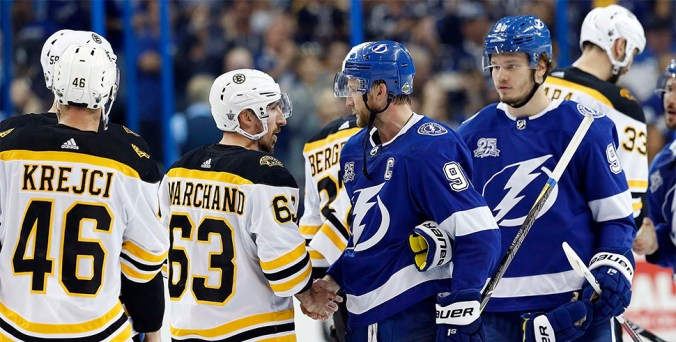 Bruins Lightning Handshake