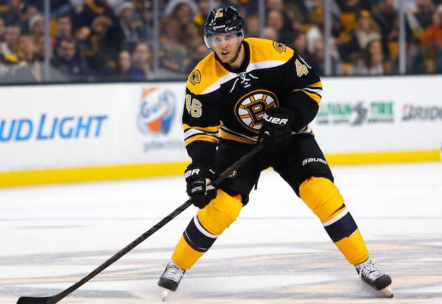 NHL: New York Rangers at Boston Bruins