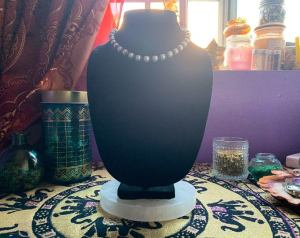 black-owned handmade and crafter jewelry and accessories business Azura's Coffer