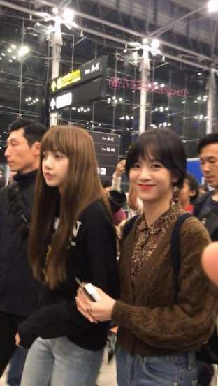 Blackpink Jisoo Lisa Thailand Airport