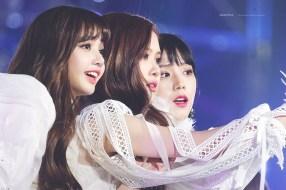Blackpink-Jisoo-Rose-Lisa-SBS-Gayo-Daejun-2017-2