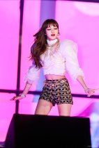 Blackpink-Lisa-at-SBS-Gayo-Daejun-2017-16