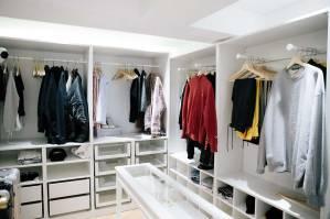 Blackpink House closet