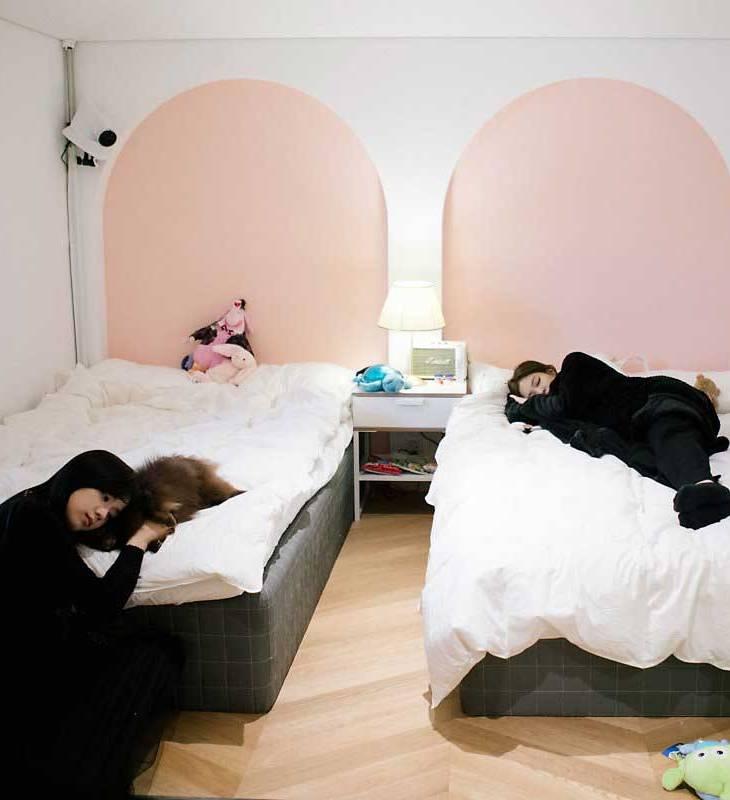 Blackpink House bedroom Jisoo Jennie