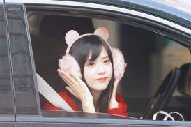 Blackpink-Jisoo-car-photos-inkigayo-19