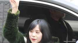 Blackpink Jisoo fashion style car photos inkigayo