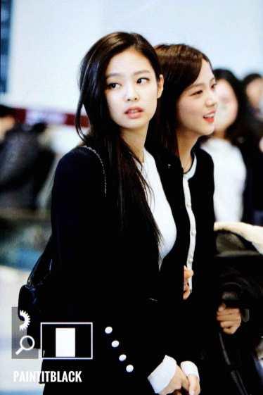 Blackpink Jisoo Jennie Winter Airport Style Jeju Island