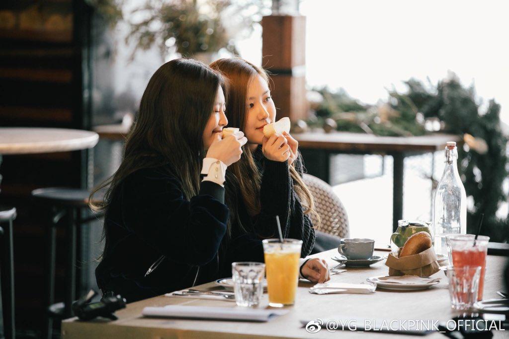 Blackpink Jennie Rose photo 2018 Jeju Island