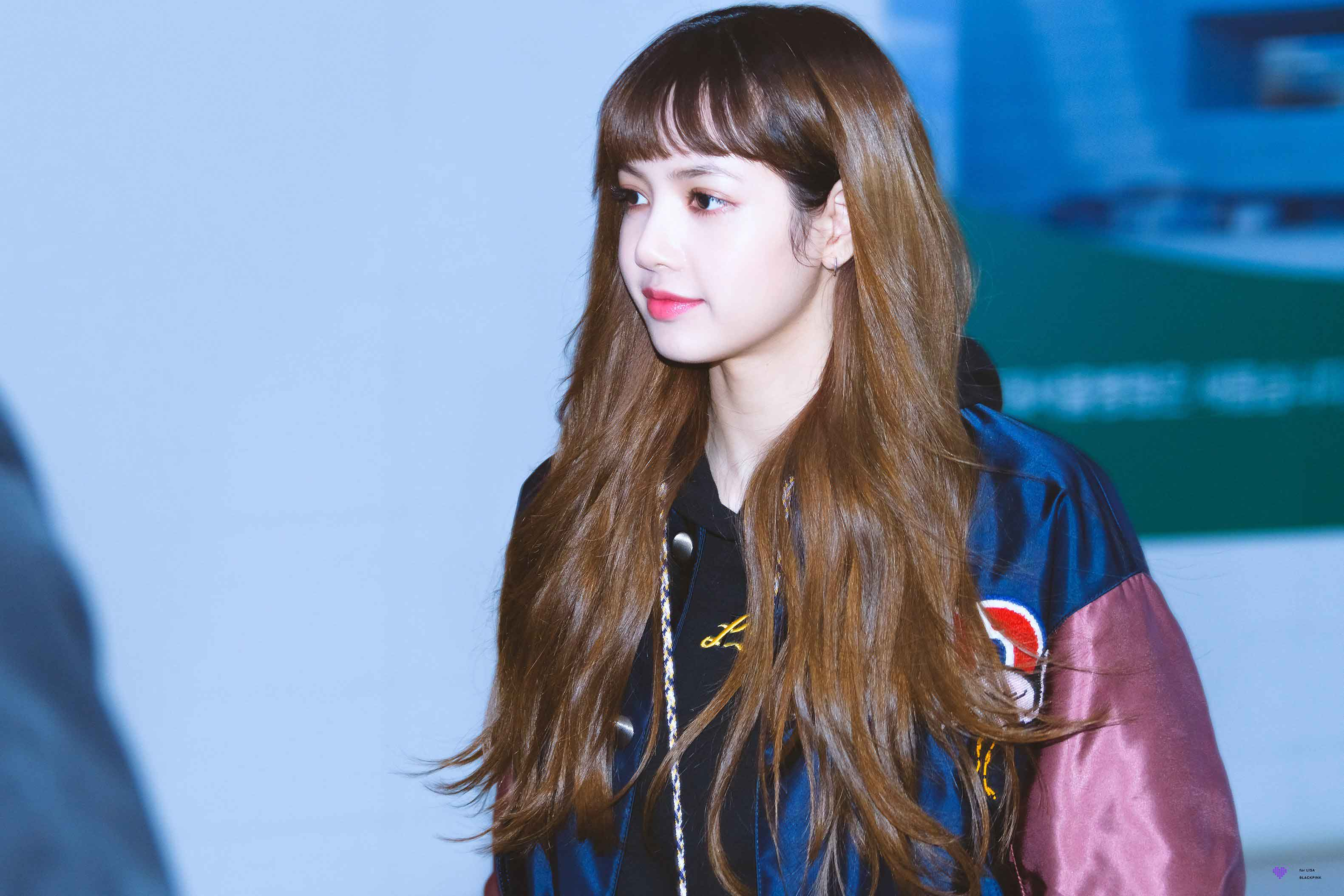 Blackpink Lisa Just Arrived At Gmp Airport Wearing Her Nonagon