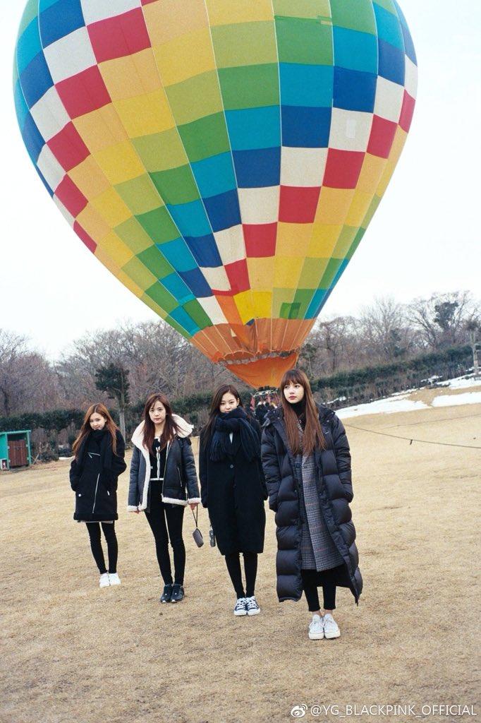 Weibo Blackpink Jisoo Jennie Rose Lisa Hot Air Balloon Jeju Island