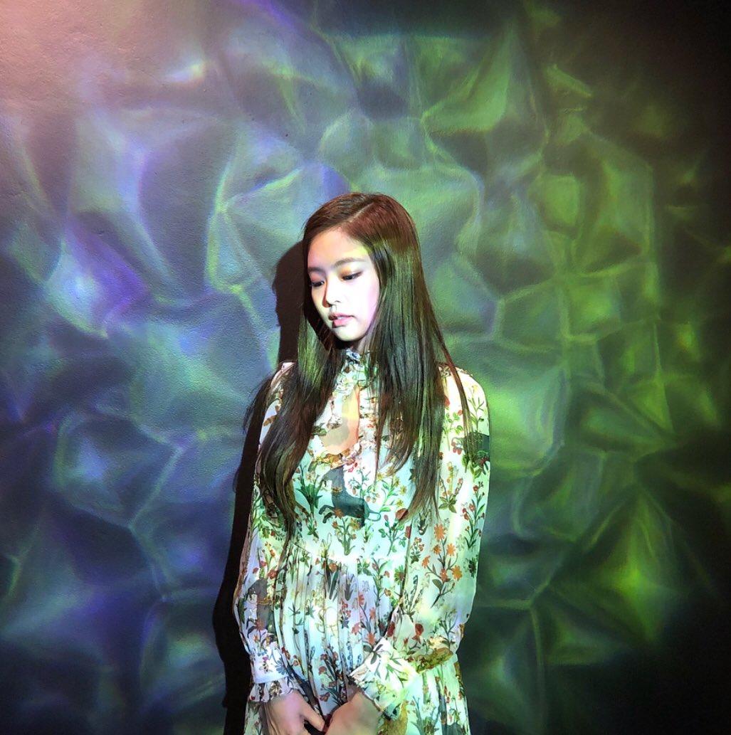 Blackpink Jennie Instagram photo april 2018