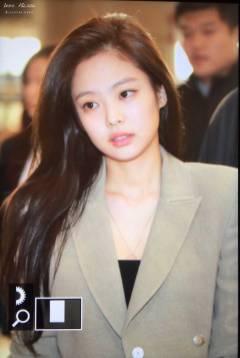 Blackpink-Jennie-Airport-Fashion-20-April-2018-photo-19