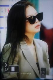 Blackpink-Jennie-Airport-Fashion-20-April-2018-photo-25