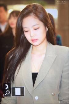 Blackpink-Jennie-Airport-Fashion-20-April-2018-photo-27