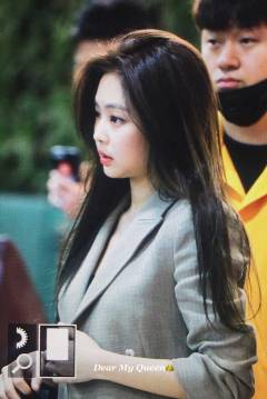 Blackpink-Jennie-Airport-Fashion-20-April-2018-photo-47