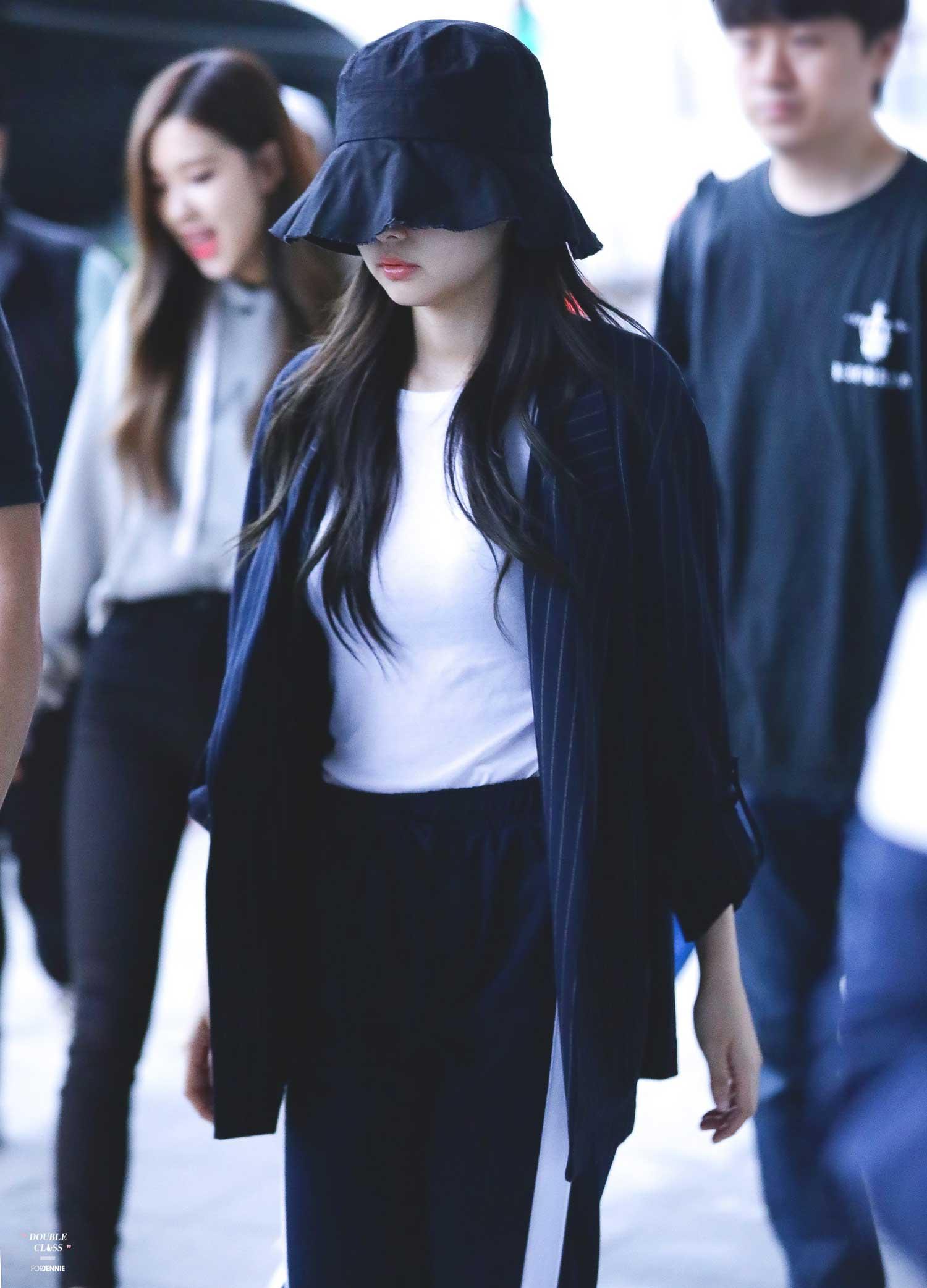 Blackpink Jennie Airport Fashion 5 April 2018 Incheon