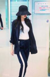 Blackpink-Jennie-Airport-Fashion-Incheon-5-april-2018-from-Thailand-15