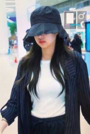 Blackpink-Jennie-Airport-Fashion-Incheon-5-april-2018-from-Thailand-17