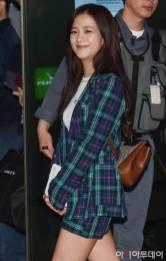 Blackpink-Jisoo-Airport-Fashion-20-April-2018-photo-13