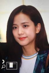 Blackpink-Jisoo-Airport-Fashion-20-April-2018-photo-5