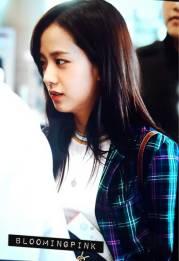 Blackpink-Jisoo-Airport-Fashion-20-April-2018-photo