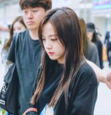Blackpink Jisoo Airport Fashion 5 April 2018 Incheon