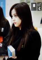 Blackpink Jisoo Airport Fashion Incheon 5 april 2018 from Thailand 12