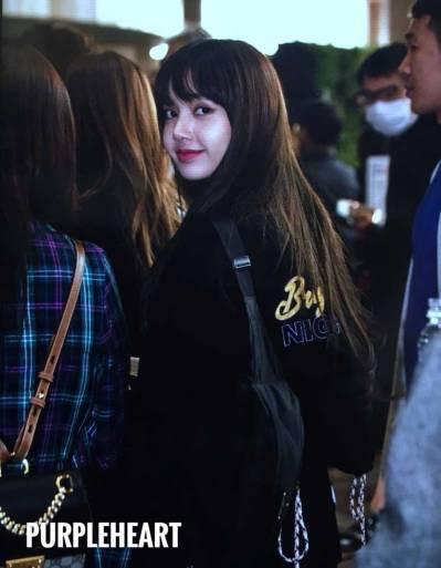 Blackpink-Lisa-Airport-Fashion-20-April-2018-photo-15
