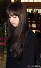 Blackpink-Lisa-Airport-Fashion-20-April-2018-photo-22