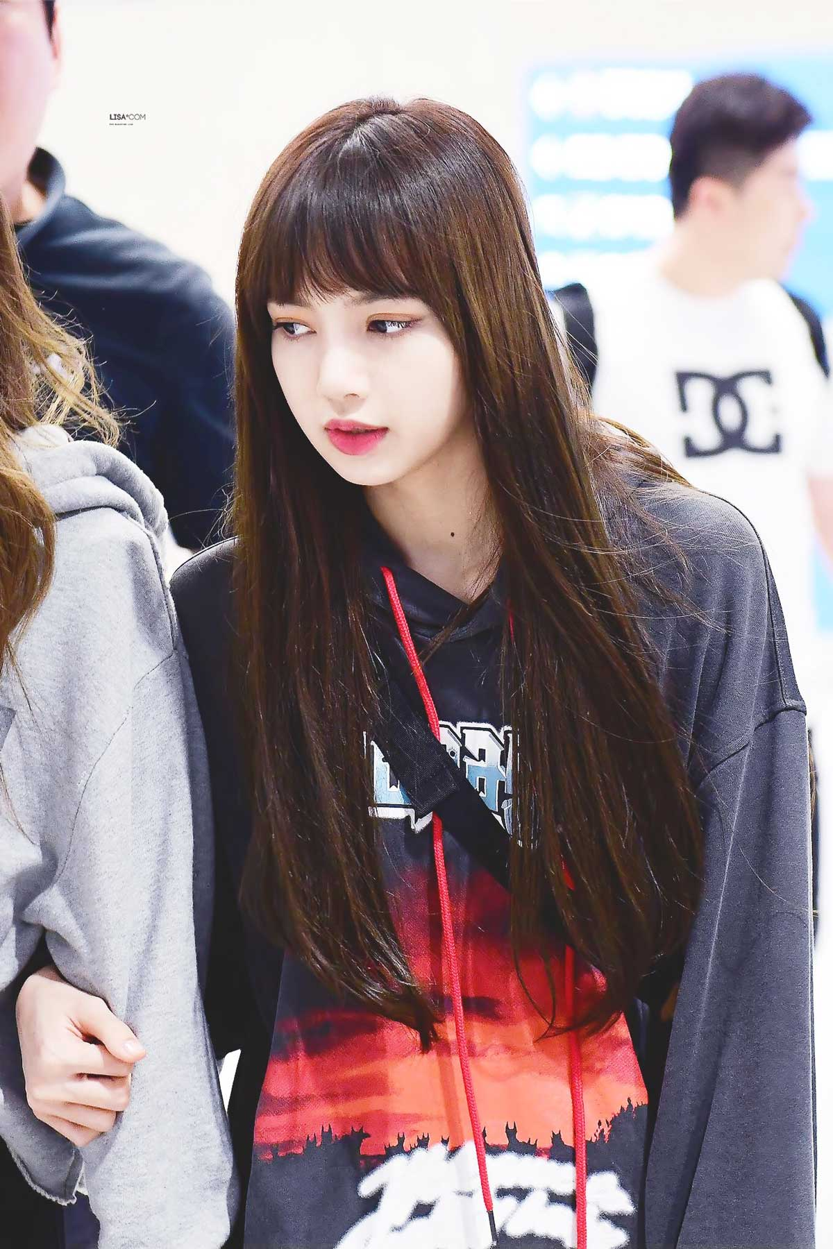 Blackpink Lisa Airport Fashion 5 April 2018 Incheon