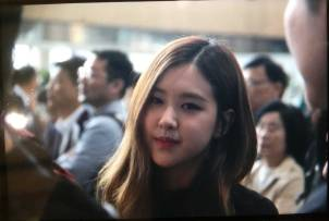 Blackpink-Rose-Airport-Fashion-20-April-2018-photo-15