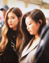 Blackpink-Rose-Airport-Fashion-20-April-2018-photo-7