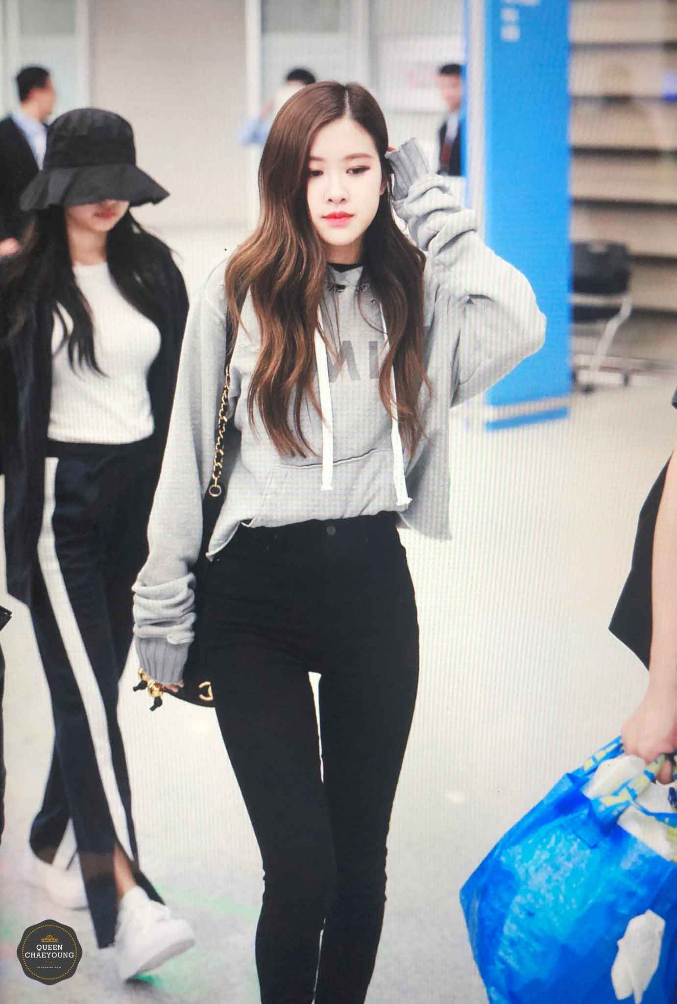 Blackpink Rose Airport Fashion Incheon 5 April 2018 From Thailand