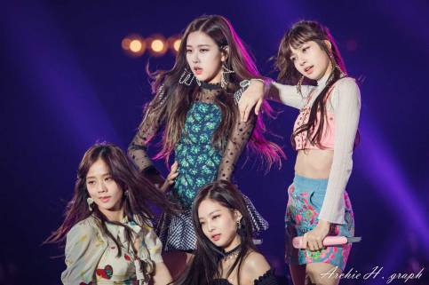 Blackpink-Tokyo-Girls-Collection-2018-photo-17