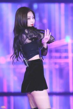 blackpink-jennie-performance-photo-5