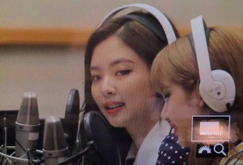 BLACKPINK-Jennie-KBS-Cool-FM-Volume-Up-Photo-34