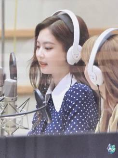 BLACKPINK-Jennie-KBS-Cool-FM-Volume-Up-Photo-69