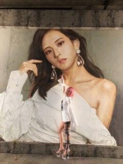 BLACKPINK-Jisoo-painting-DDU-DU-DDU-DU-music-video