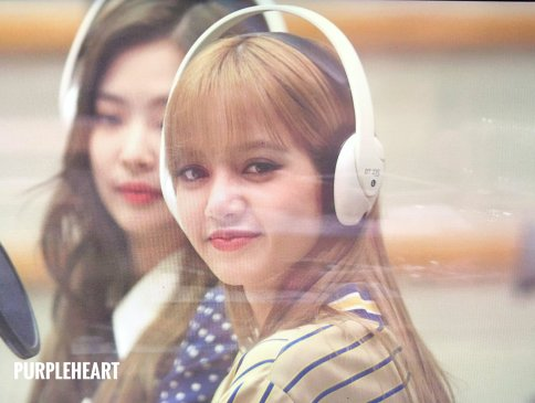 BLACKPINK Lisa KBS Cool FM Volume Up Photo 7
