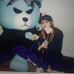 BLACKPINK Lisa Nonagon x girl Photoshoot 4