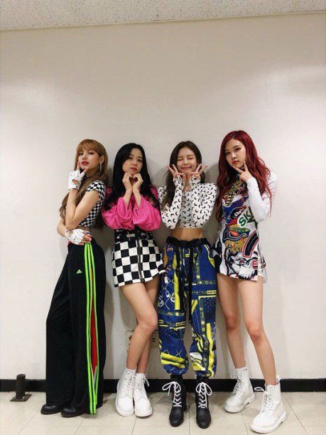 BLACKPINK-OFFICIAL-Instagram--18-June-2018-Photo-3