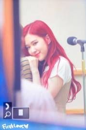 BLACKPINK-Rose-KBS-Cool-FM-Volume-Up-Photo-33