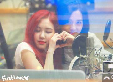 BLACKPINK-Rose-KBS-Cool-FM-Volume-Up-Photo-37
