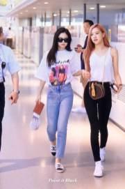 BLACKPINK-Jennie-Airport-Photo-26-July-2018-Kansai-Osaka-5