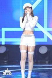 BLACKPINK Jennie MBC Music Core white outfit 30 June 2018 photo 4